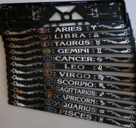 Horoskopo ženklai reljefas su iškiliais lipdukais